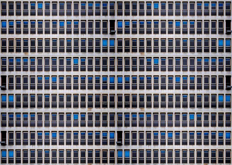 Fenêtres Ancien Bâtiment France Télécom 2