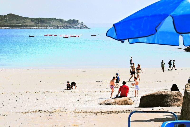 A-l'ombre-du-parasol---JMLG