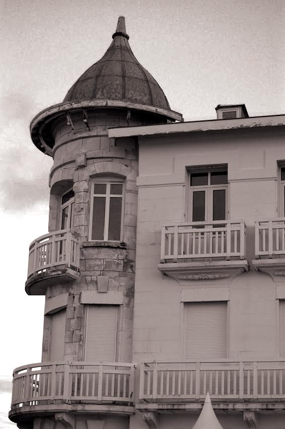 Au balcon - PP - 02